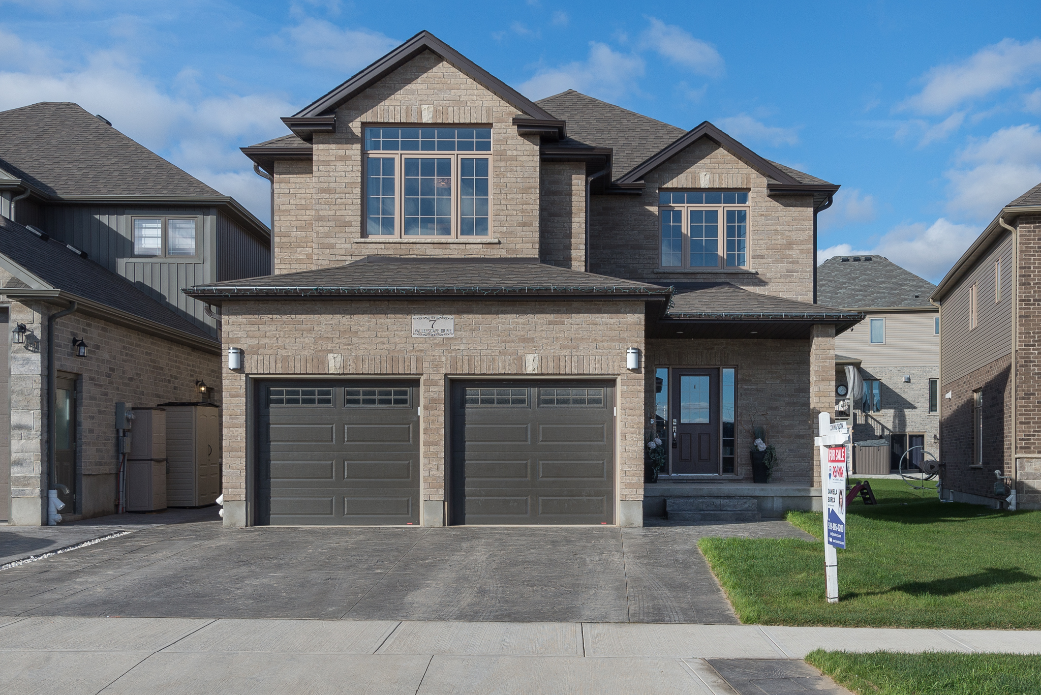 7 Valleyscape Drive, Ontario